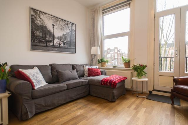 ACCA Canal I apartment Amsterdam